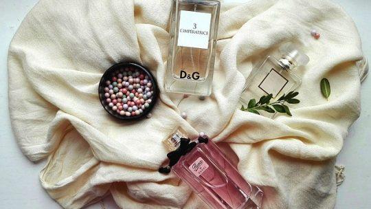 A Miss Dior parfüm varázslatos illattal rendelkezik