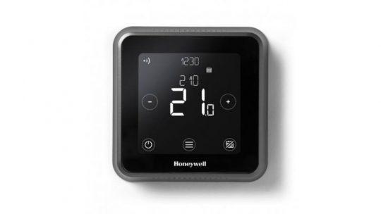 A vezeték nélküli termosztát a telefonnal kommunikál