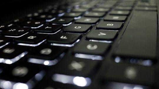 A használt laptopok olcsón bármikor megvásárolhatóak